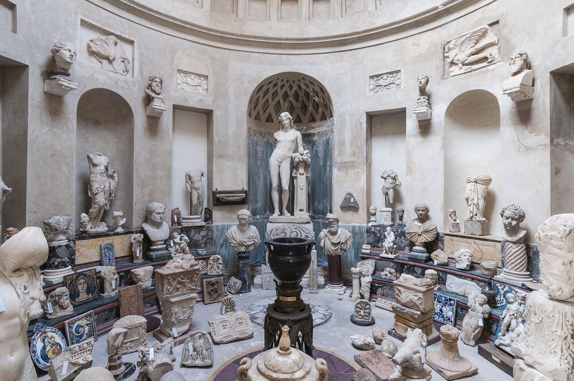 Esedra dei Marmi - Casa Museo Pogliaghi